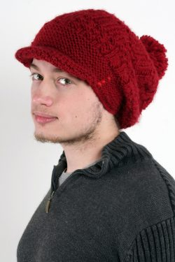 RED 3 SISTERS FLOP BRIM POMPOM
