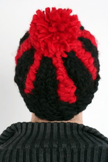 BLACK FIERY RED VERTICAL LINES POMPOM
