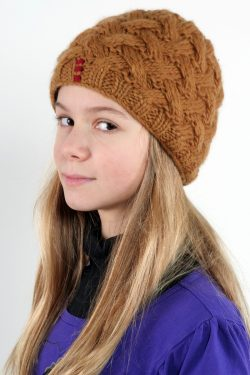 CHOCOLATE X-PATTERN SHORT BEANIE