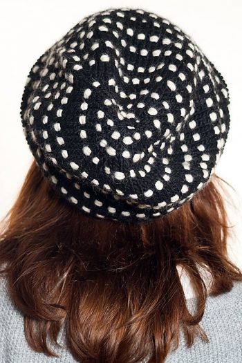 BLACK WHITE SPIRAL DOTS 2 FLOP