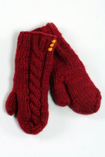RED CABLE MITTENS